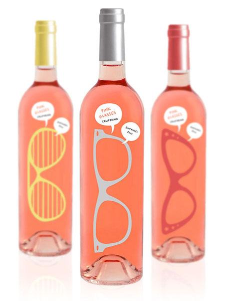 Винные бутылки из розового стекла. Дизайн Luksemburk.