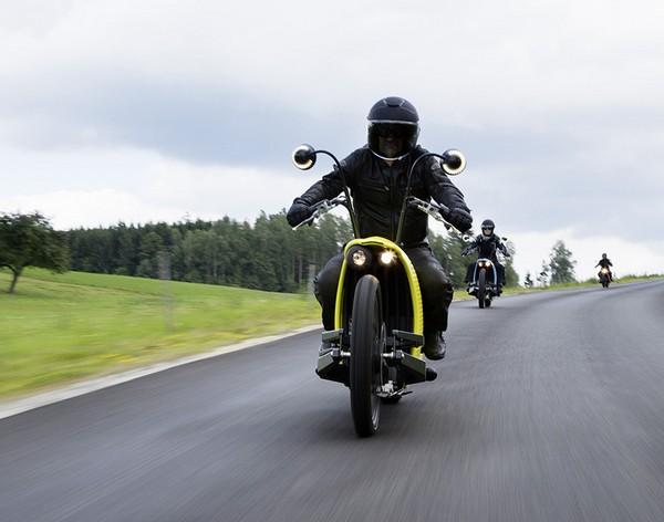 Johammer J1 – электрический мотоцикл с запасом хода в 200 км. Источник фото: Johammer Motorcycles