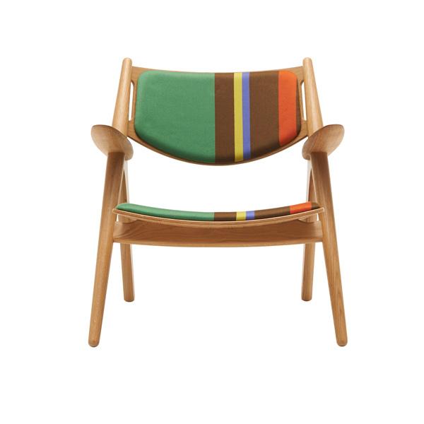 Полосатое кресло от Пола Смита.