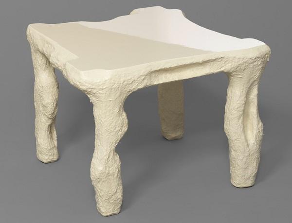Предметы мебели из папье-маше.
