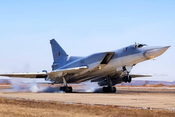 Дальний сверхзвуковой бомбардировщик Ту-22М. Источник фото: topwar.ru
