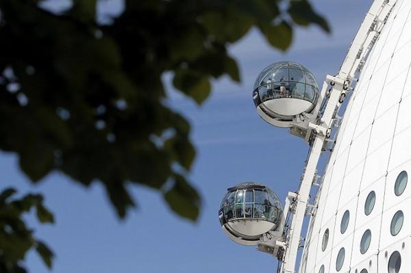 SkyView – круговой лифт в Стокгольме. Источник фото: lifeandstyle.alexandalexa.com