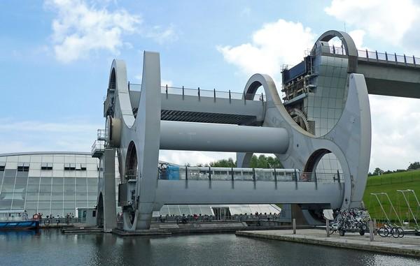 Фолкеркское колесо – лифт для лодок. Источник фото: interestingengineering.com