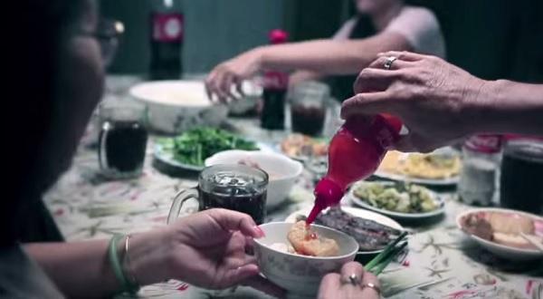 Бутылки для кетчупа.