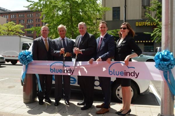 BlueIndy – крупнейшая в Америке сеть общественных электромобилей