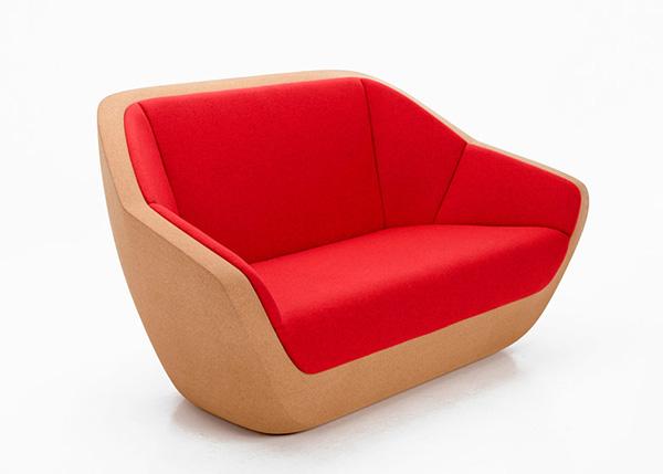 Пробковый диван от Lucie Koldova.