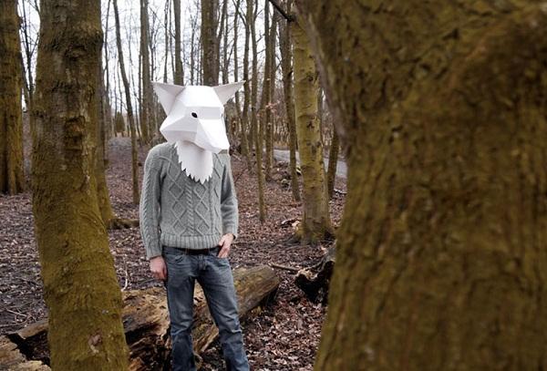 Бумажная маска лисицы от Soroche Labs.