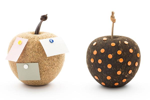 Держатель для записок в форме яблока.