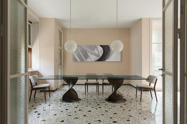 Стол «Elika» от Gino Carollo