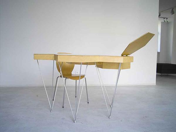 Модульные столики от Anna и Marek Lorens.