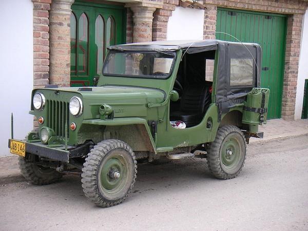 Гражданский автомобиль Jeep CJ