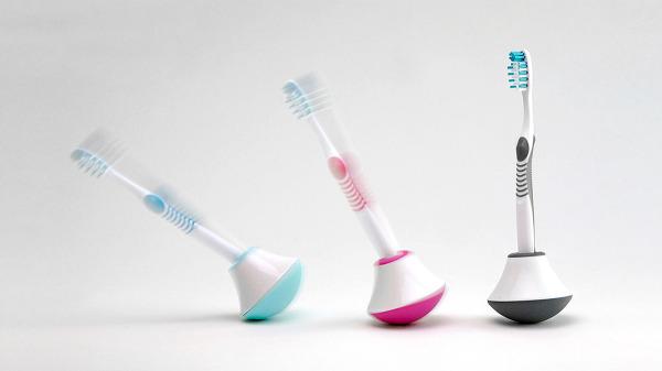 Bobble Brush: стакан-неваляшка для одной зубной щетки.