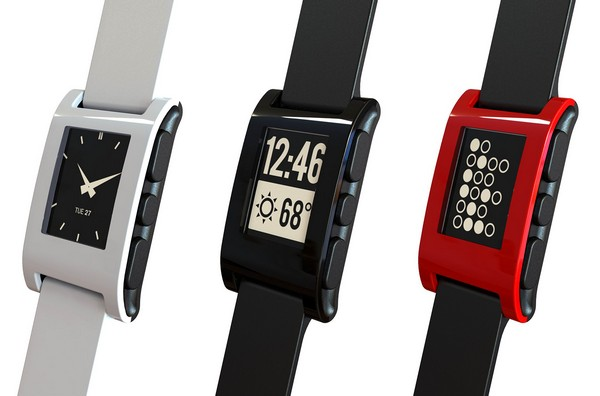 Pebble – умные часы с экраном на электронной бумаге.