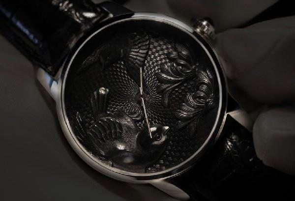 Изумительные часы ручной работы