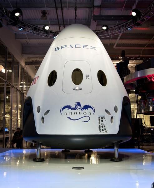 Dragon V2 SpaceX – частный корабль для космических полетов
