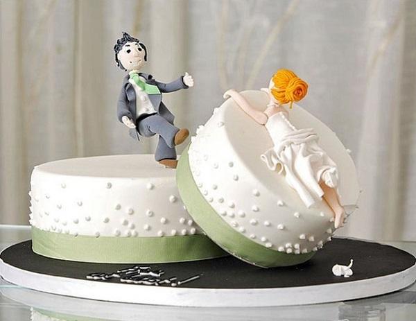 Торт в честь развода: необычное решение.