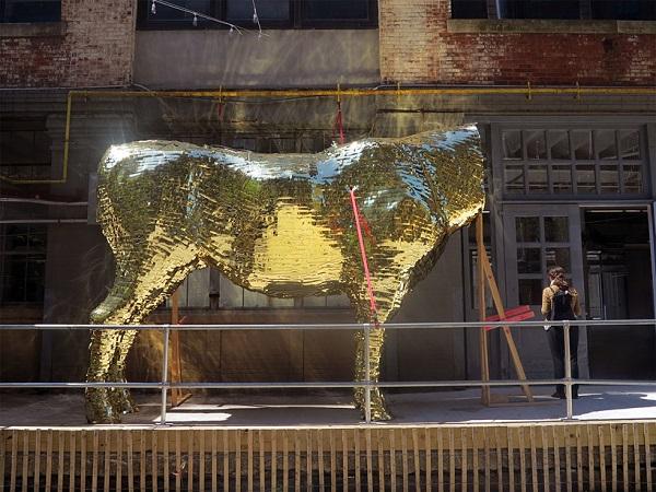 Установка золотого тельца.
