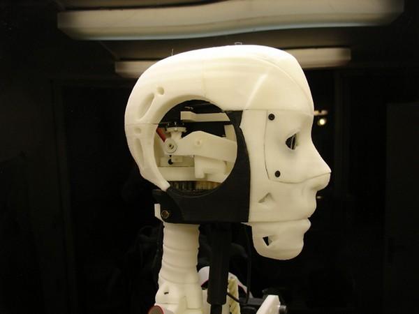 InMoov – напечатанный на принтере человекообразный робот