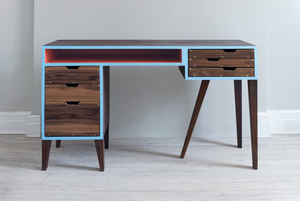 Стильный письменный стол от Кевина Майкла Бернса (Kevin Michael Burns).