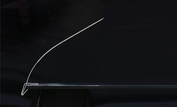 Светильник «Травинка» от украинского дизайнера Юрия Цегла.