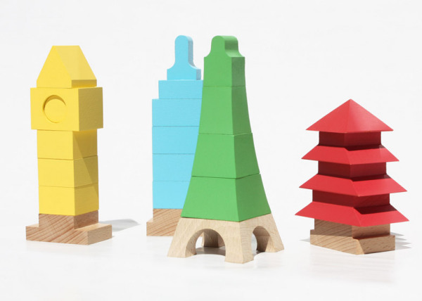 Набор пирамидок в виде шедевров архитектуры.