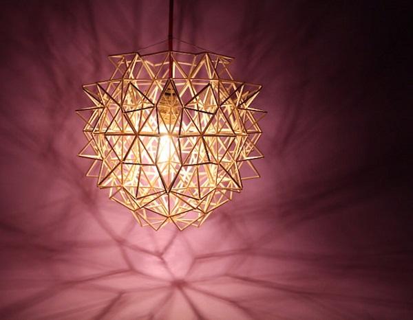 Необычный светильник.