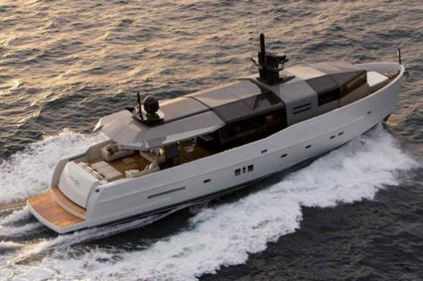 Солнечная супер-яхта Arcadia