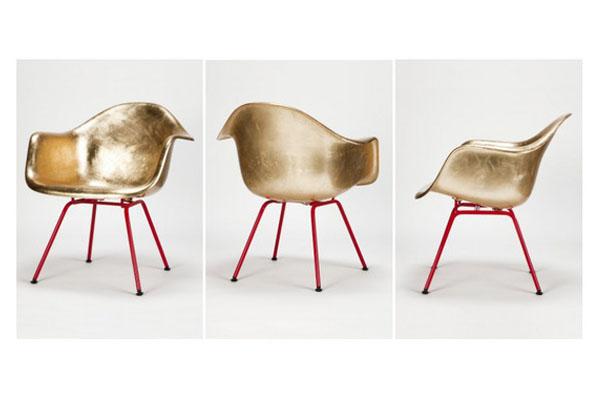 Золотой стул от Eames Design House