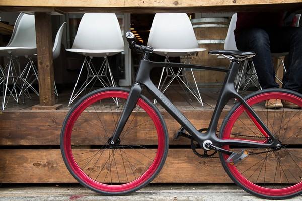 Умный велосипед Vanhawks Valour