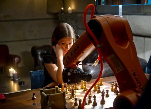 Kuka – робот-шахматист