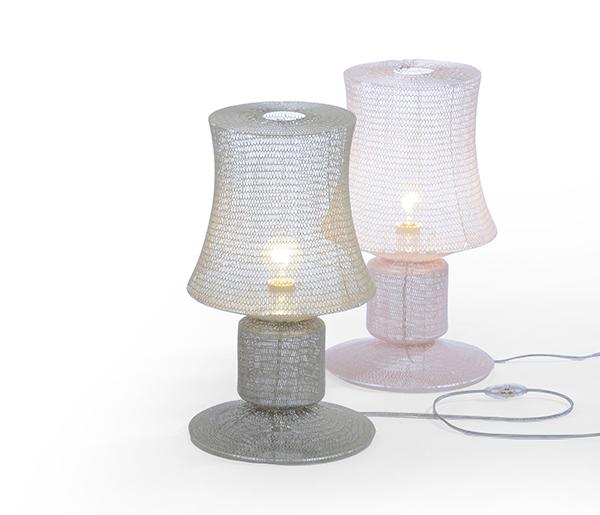Вязаные светильники от Meike Harde.