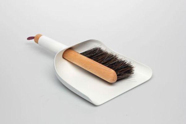 Набор «Menu Sweeper & Funnel» компактный и простой.