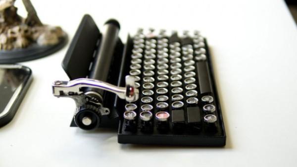 Qwerkywriter. Клавиатура для портативных устройств.