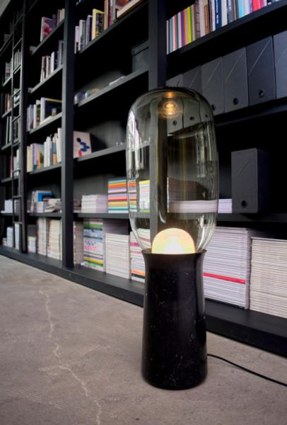 Интересный дизайн светильник от художника из Парижа.