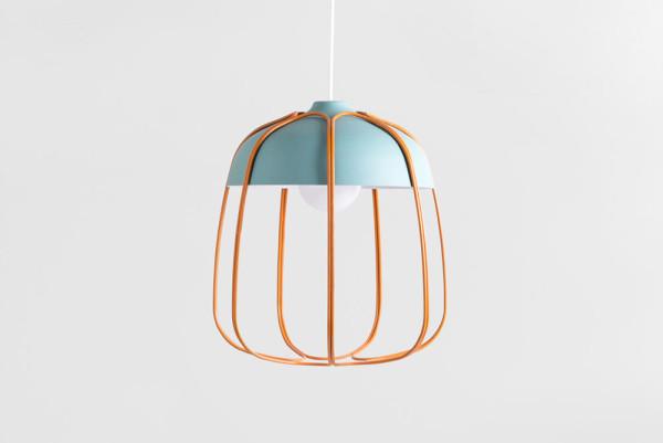 Новый дизайн старой промышленной лампы.