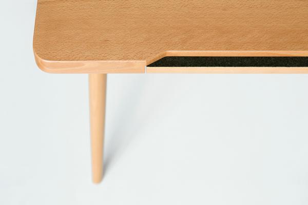 Письменный стол от Piet Houtenbos.