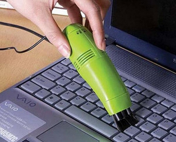 Keyboard Vacuum Cleaner – устройство для чистки клавиатуры