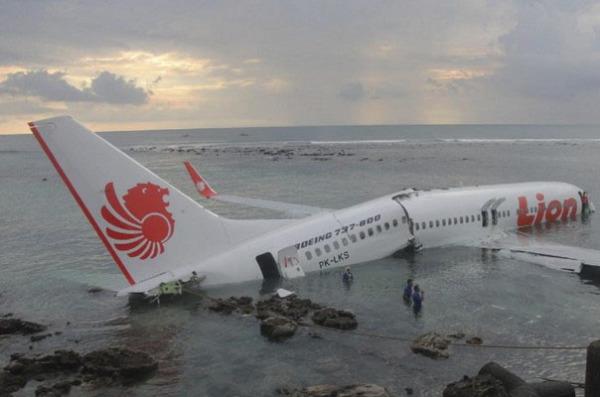 10 самых опасных пассажирских самолетов
