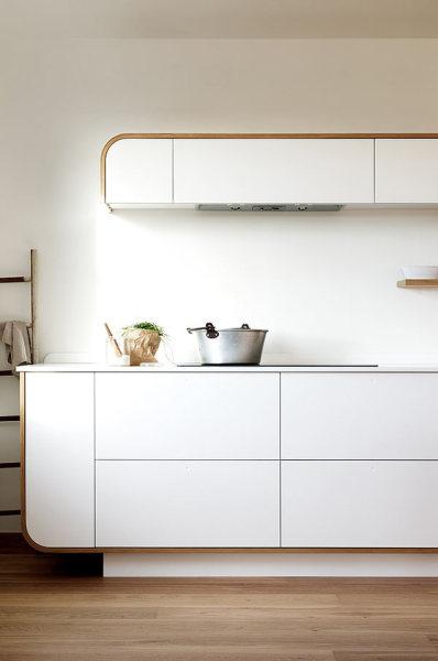 Кухня Air Kitchen - сочетание ретро-стиля и современного минимализма.