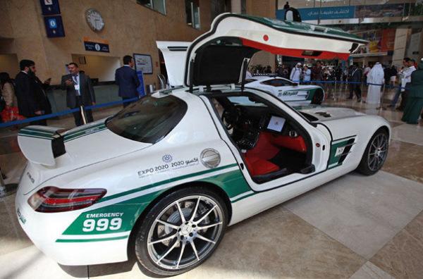Mercedes Benz SLS AMG в ОАЭ