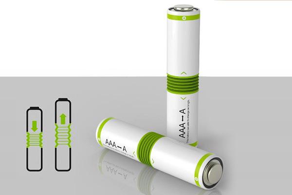 Батарейка, которая меняет размер при необходимости от AAA до AA.