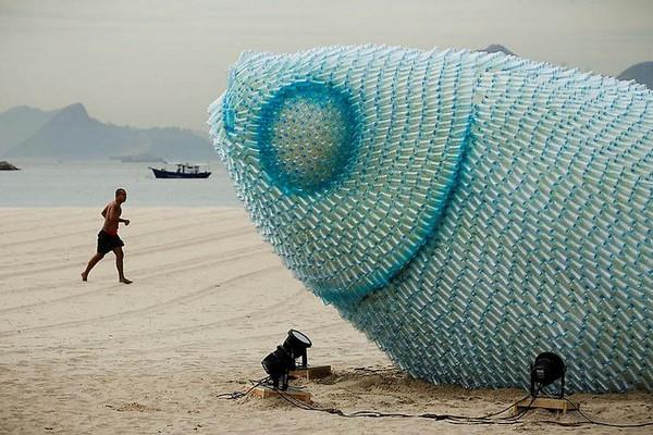 Rio Fish Sculptures – скульптурная композиция из пластиковых бутылок