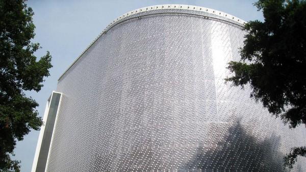 EcoArk – многоэтажный дом из пластиковых бутылок