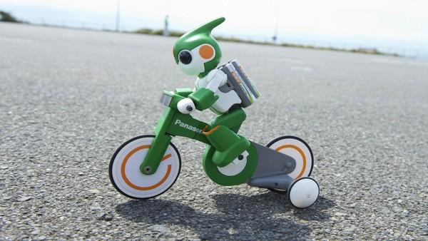 Робот Evolta – участник Чемпионата мира по триатлону