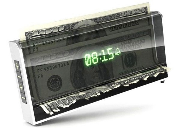 Shredder Clock – часы, которые уничтожают деньги