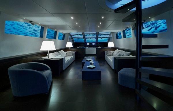 Lovers Deep – шикарный отель в подводной лодке