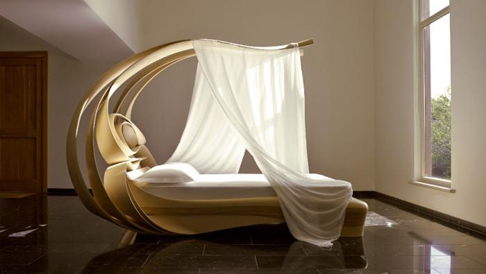 Элегантная кровать от Joseph Walch.