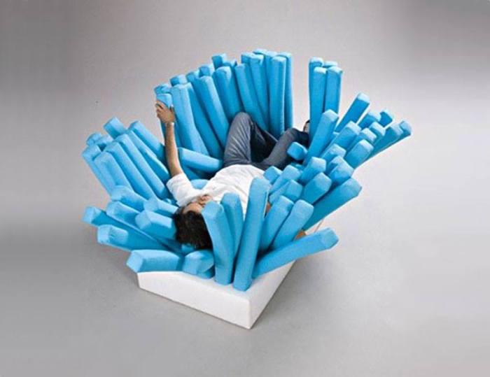 Необычная кровать от Ron Arad, студента BCUC.