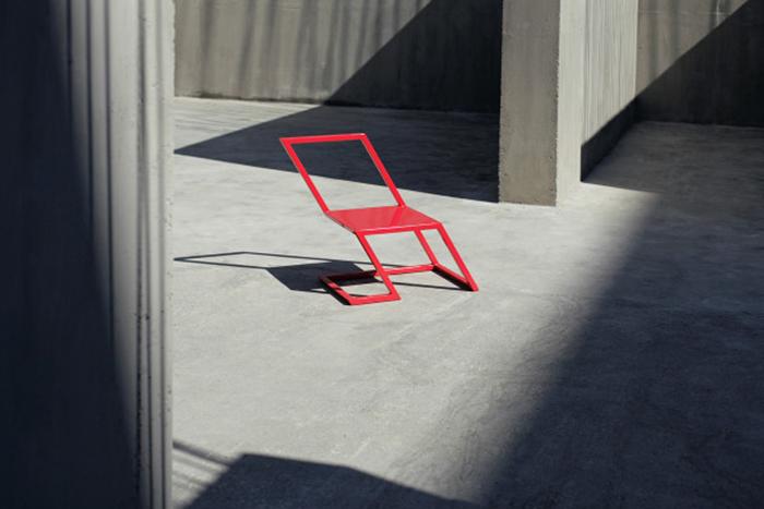 Оригинальный стул The 60 Red Chair.