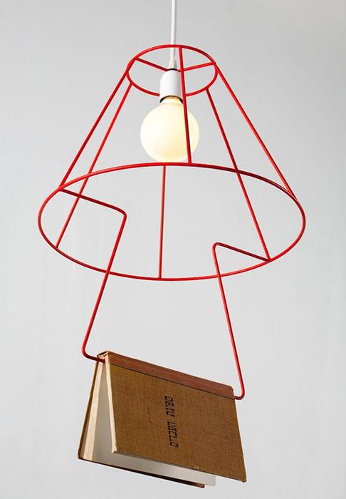 Стильный светильник от Dezign Lovers.